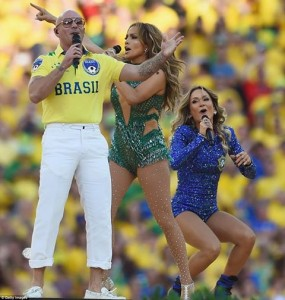 Wold cup pitbull,Jlo and Leitte