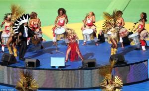 Shakira performs at closing ceremony