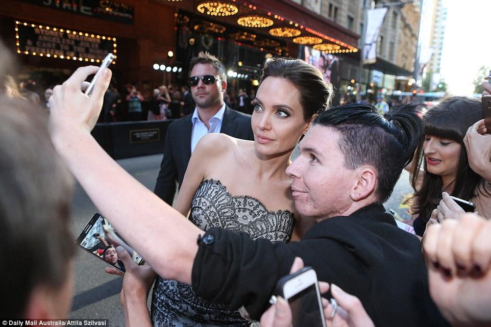 1416218385031_wps_25_Angelina_Jolie_and_Brad_P