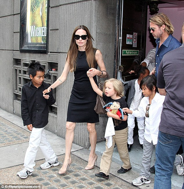 Angelina Jolie with husband Brad Pitt and children