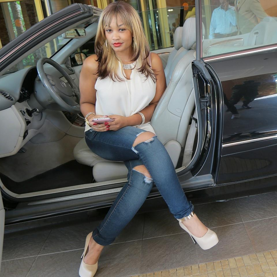 Zari who is currently dating Tanzanian singer Diamond Platnumz is one of the most wanted women in the country.