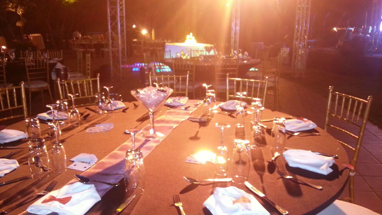 And more tables, waiting for the spectacular moment