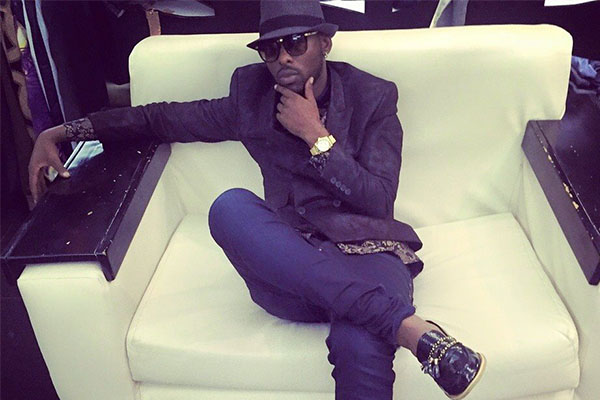 Eddy Kenzo shows off his latest fashion trend.