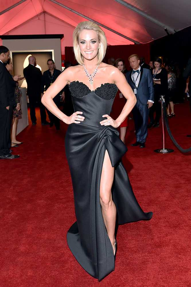 grammy-awards-2016-carrie-underwood__large