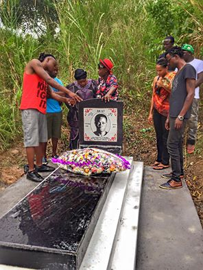 Pallaso and family members pay tribute to the fallen star AK47