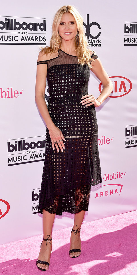 LAS VEGAS, NV - MAY 22: Heidi Klum attends the 2016 Billboard Music Awards at T-Mobile Arena on May 22, 2016 in Las Vegas, Nevada. (Photo by David Becker/Getty Images)