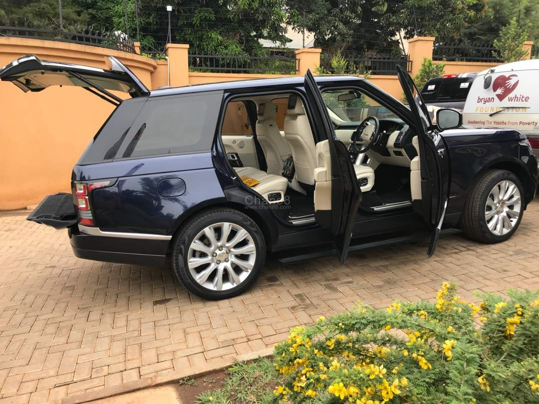 Photos: Bryan White Acquires A New 'Monster' Range Rover
