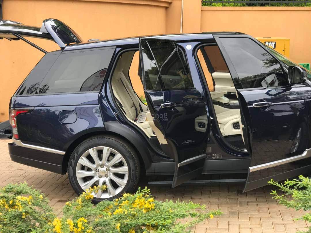 Who Owns Range Rover >> Photos: Bryan White Acquires A New 'Monster' Range Rover Autobiography - Chano8