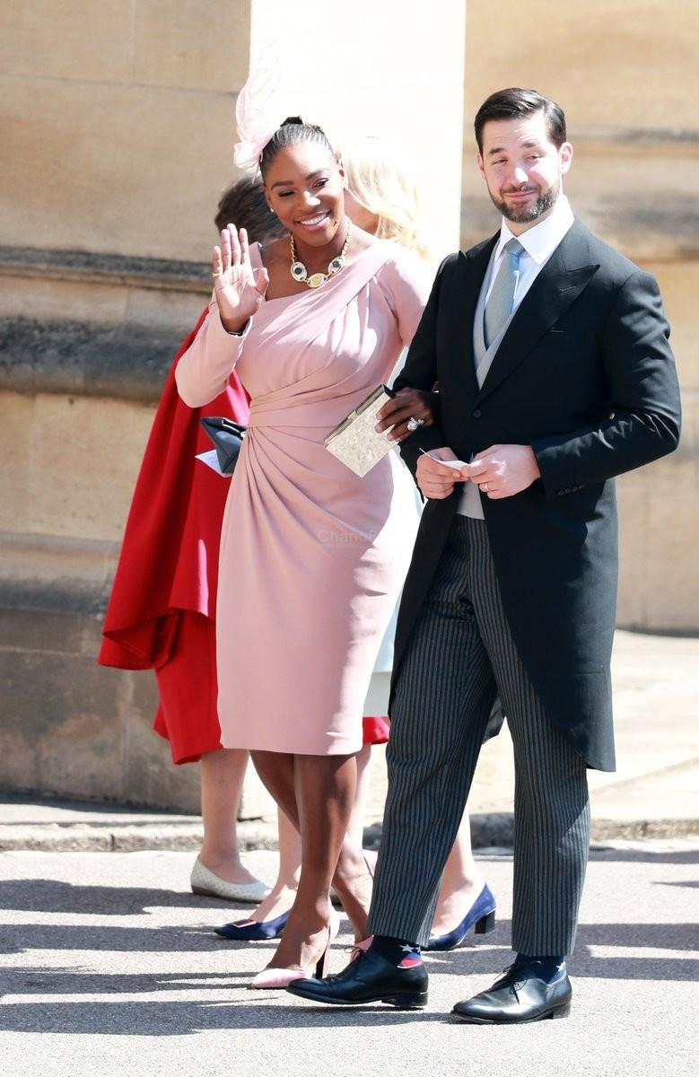 LIVE: The Amazing Sights At The Royal Wedding - Chano8