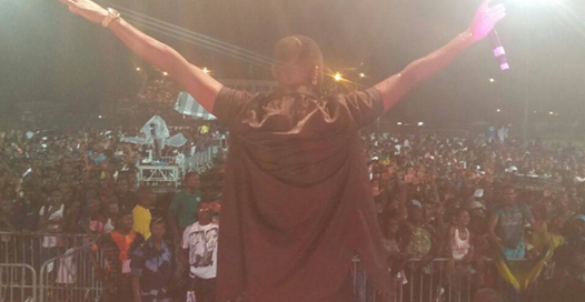 The Be Happy singer pulled a massive crowd in Gabon.