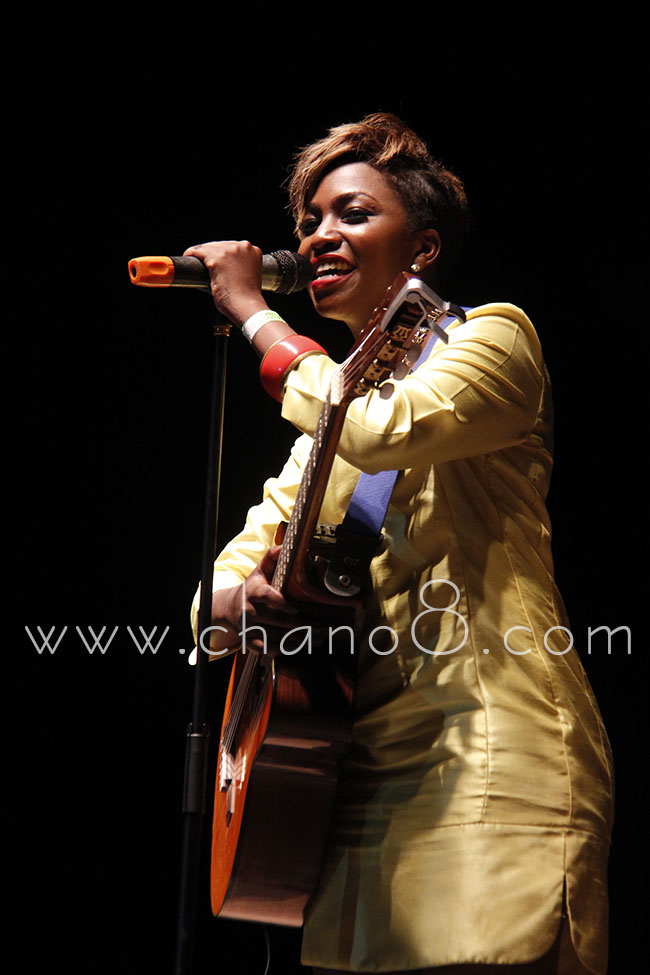 Irene Ntale goes back to her roots. Gives fans an acoustic taste of her music.