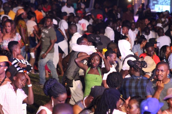Blankets & Wine after party